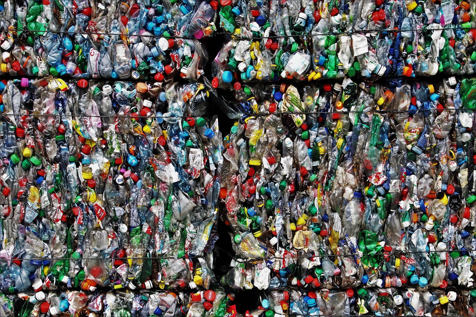 Balles plastiques
